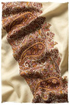 The Bohemian - Grand Pashmina Mens Shawl Cashmere Shawl, Cashmere Wool, Kashmiri Shawls, Indian Fabric, Pashmina Shawl, Casual Street Style, Pakistani Dresses, Stylish, Fashion Trends