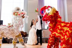 WedLuxe – Kristen + Marc | Photography by: 5ive15ifteen Photo Company Follow @WedLuxe for more wedding inspiration! Planning & Design: Bliss Events  Chinese Wedding | Cultural Wedding | Chinese Dragon Dancers