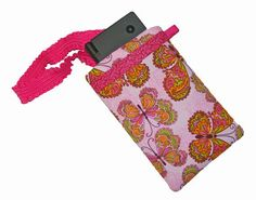 The Kaylee Padded Phone Case ❊ Sew and Sell PDF Pattern + Double Sided Fusible Cotton Batting Tutorial