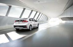 Hyundai Ioniq: debutterà il 13 ottobre in Gran Bretagna