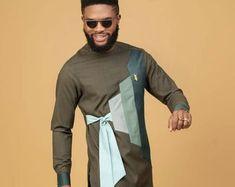 Nigerian Men Fashion, African Men Fashion, African Wear, African Dress, Dashiki For Men, African Dashiki, Wedding Kurta For Men, Groomsmen Outfits, Matching Couple Outfits