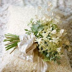 Wild white bouquet