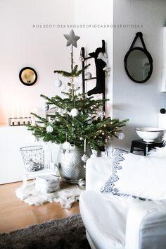 HOUSE of IDEAS xmas tree