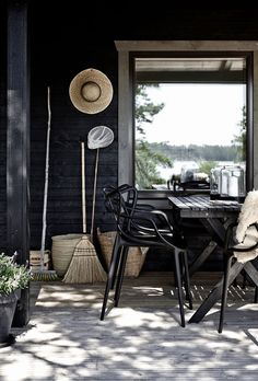 my scandinavian home: Summer cottage Front Yard Fence, Fenced In Yard, Small Fence, Horizontal Fence, Outdoor Spaces, Outdoor Living, Outdoor Decor, Exterior Design, Interior And Exterior