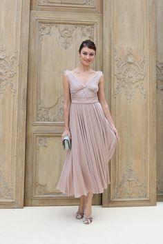 8 знаменитостей в нарядах Valentino | Vogue Ukraine