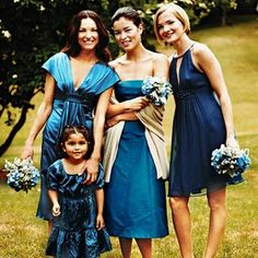 bridesmaids in THIS color blue?