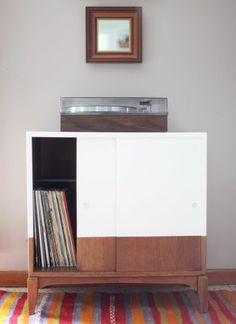 Refinishing my cabinet. DIY Record Cabinet Makeover, from Making Nice in the Midwest Furniture Projects, Furniture Makeover, Cool Furniture, Painted Furniture, Furniture Design, Record Cabinet, Diy Casa, Cabinet Makeover, Home And Deco