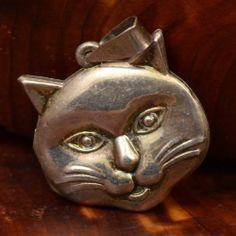 The Cat's Meow Locket  #vintage #sterlingsilver #cat #cat locket #pendant