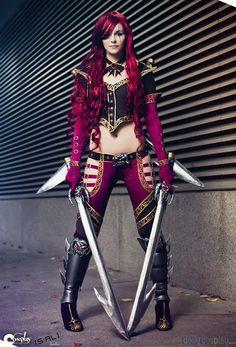 Todos los cosplays de Katarina OPs.   GG