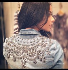 Customised Denim Jacket Diy Clothes And Shoes Embroidery Tools Denim Art Denim Crafts Summer Fashion Outfits Blouse Styles Jeans Style Denim Fashion Punk Fashion, Denim Fashion, Redo Clothes, Denim Art, Denim Ideas, Denim And Lace, Altering Clothes, Diy Clothing, Refashion