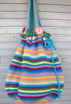 Maxi crochet bag by @teregomis with Katia Fama