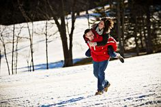 outdoor winter engagement pics