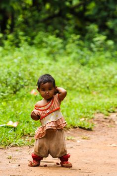 Today, no child without a toy - Inle Lake - Myanmar, agost de 2011