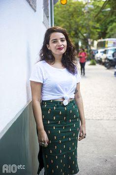 RIOetc | Camiseta branca + saia verde