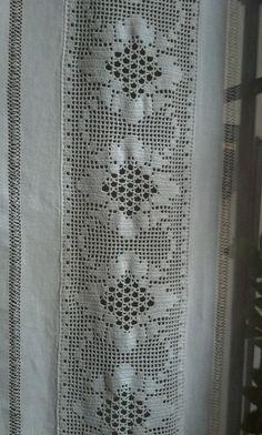 cortina de lino y puntilla