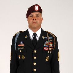 Army Service Uniform spotlight Army Service Uniform, Army Uniform, Men In Uniform, Military Uniforms, United States Army, Us Army, Armed Forces, Captain Hat, Pride