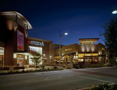 the best shopping in North Austin can be found at The Domain- an outdoor shopping and dining area featuring Neiman Marcus and Macy's and Lilly Pulitzer's, Kona Grill, Jasper's, and Thin Brick, Faux Brick, Kona Grill, Simon Property Group, Austin Shopping, North Austin, Brick Siding, Shopping Center, Dining Area