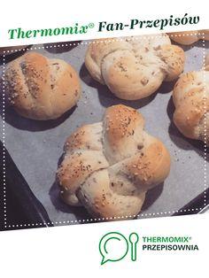 Bułeczki śniadaniowe z ziarnami jest to przepis stworzony przez użytkownika Dziewczyna Informatyka. Ten przepis na Thermomix<sup>®</sup> znajdziesz w kategorii Chleby & bułki na www.przepisownia.pl, społeczności Thermomix<sup>®</sup>. Hamburger, Muffin, Bread, Breakfast, Food, Thermomix, Morning Coffee, Brot, Essen