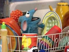 """cizayox: """"This is honestly what i look like in my minds eye """" Gremlins, Elmo, Haha Funny, Funny Memes, Cartoon Memes, Big Blue House, Rat Man, Cute Rats, Kermit The Frog"""