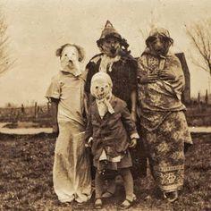 19 realmente tenebrosos disfraces vintage de Halloween. Disfraz de halloween siglo XIX.