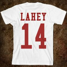 Isaac Lahey - Teen Wolf so want this Teen Wolf Outfits, Nerd Outfits, Teen Wolf Isaac, Teen Wolf Seasons, Mtv Shows, Daniel Sharman, Sweater Shirt, T Shirt, Material Girls