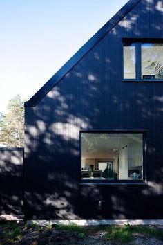 Summer cottage site in Höllviken, a seaside resort south of Malmö. Architects: Johan Sundberg Arkitektur (Architecture)