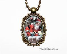 Santa Claus Necklace, Christmas Jewelry, Bronze Pendant, Stocking Stuffer Gift Christmas Necklace, Christmas Jewelry, Princess Jewelry, Bronze Pendant, Handmade Items, Handmade Gifts, Organza Bags, Ball Chain, Santa