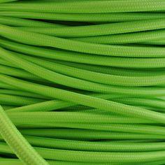Welche Farbe des Textilkabel ausgebildet? Natürlich grün! http://www.imindesign.de/product/farbige-textilkabel-grun  #textilkabel #grün #modern #lamp #kabel