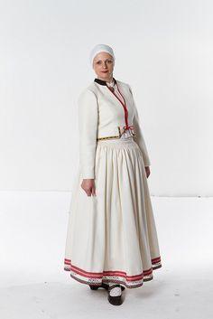 Tautas tērpu skate - Ziemeļlatgales tautas tērps