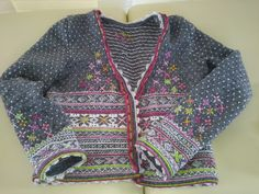 beatiful grey wit pink white green just. Fair Isle Knitting Patterns, Fair Isle Pattern, Knitting Designs, Knitting Stitches, Knitting For Kids, Baby Knitting, Christmas Knitting, Knit Cardigan, Knitwear
