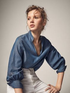 Autumn winter 2016 Women´s DENIM SHIRT WITH PUFF SLEEVES at Massimo Dutti for 4990. Effortless elegance!