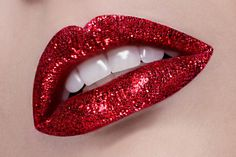 red glitter lips - MUST TRY. More