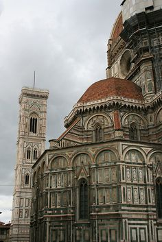 Il Duomo, Florence Italy for our #Italian #language week. Learn Italian all over the world with us: www.cactuslanguag...