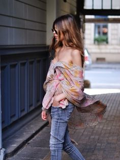 Love the wrapping of this top. Style Crush: Maja Wyh
