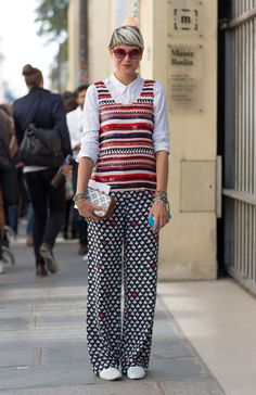Street Style Paris Fashion Week Spring 2014 Elisa Nalin She is just so adorable and creative ! Love her style, sets her apart from trends ! Quirky Fashion, Colorful Fashion, Trendy Fashion, Fashion Models, Fashion Outfits, Fashion Trends, Style Fashion, Paris Street Fashion, Elisa Nalin