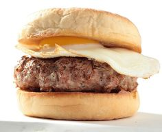 Discover & share this Breakfast GIF with everyone you know. GIPHY is how you search, share, discover, and create GIFs. Turkey Burger Recipes, Turkey Burgers, Breakfast Bites, Breakfast Recipes, Turkey Patties, New Recipes, Favorite Recipes, Turkey Chicken, Recipe Of The Day