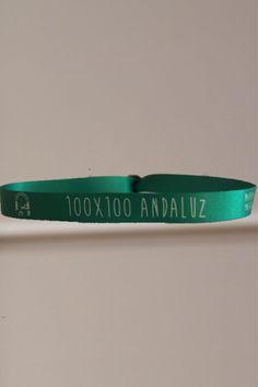A un andaluz le encanta decir de donde es...por ese motivo todos los andaluces deberían de tener una pulsera como esta en su muñeca