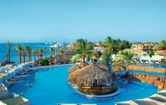 Hotel Sindbad Club Beach Resort is a centrally located 4-star resort on the promenade in the new center (Esplanada) of Hurghada. The opposite is also fun water park at the hotel included. The hotel offers many facilities for the whole family and is located directly on the beach. The hotel has a beautiful garden, where the pools are located. You can also relax in the sauna, steam room or jacuzzi.