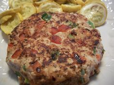 Mexican Fiesta Taco Turkey Burger      Ingredients:  8 oz raw 85%-94% fat free ground turkey - yields 5 oz cooked (1 lean)  1/4 cup chopped green peppers (1/2 green)  1/4 cup chopped red peppers (1/2 green)  2 tsp low sodium taco seasoning mix (3 condiments)  1 tbsp water  dash of Worcestershire sauce  dash Tabasco sauce      Directions:  Place turkey, green peppers, red peppers, taco seasoning mix, 1 tbsp water, Worcestershire sauce and Tabasco sauce into a mixing bowl. Mix until just…