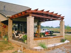 "( Garden Pergola Length : 14 ft,Garden Pergola Width : 18 ft,Wood Type & Warranty : Redwood (15-yr Warranty) - MOST POPULAR,Electrical Wiring Trim Kit : No, thank you,Pergola Roof Style : Arched Roof with Lattice Panels (roof timbers at 24"" on center),Pergola Direction of Roof Supports : Widthwise Roof Support Timbers,Pergola Post Anchoring : No thanks, I'll pick up the anchoring hardware locally,Ceiling Fan Base : No,Pergola Privacy Panels : No Privacy Panels,Pergola Height (Post Sizes) : 9…"