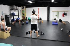 Great fitness space with good mats