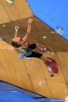 Sasha DiGiulian bouldering at the World Cup during the Teva Mountain Games