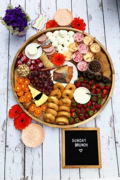Mother's Day Sunday Brunch Cheese Board Mothers Day Brunch, Sunday Brunch, Easter Brunch, Antipasto, Crudite, Bagel Bar, Breakfast Bagel, Breakfast Ideas, Breakfast Recipes