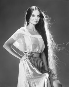 Crystal Gale was one of my moms favs. beautiful person inside and out and beautiful hair Beautiful Long Hair, Beautiful Person, Beautiful Women, Crystal Gayle Hair, Dr Hook, Loretta Lynn, Country Music Artists, Country Singers, Famous Musicians