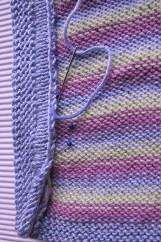 14-joosen-huppis-kaitaleen-ompelu Sweaters, Fashion, Moda, Fashion Styles, Sweater, Fashion Illustrations, Fashion Models, Sweatshirts, Pullover Sweaters