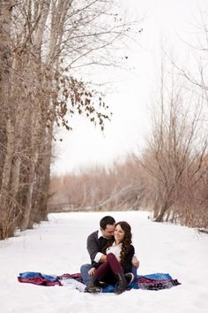 Winter engagement photos | alc photography