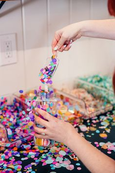 The perfect party favor? / Make Your Own Confetti Jar Bar from our launch party Party Supply Store, Party Stores, Party Shop, Diy Party, Party Favors, Diy Birthday Decorations, Birthday Diy, Birthday Parties, Jar Bar