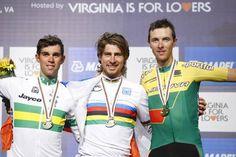 Il podio del Mondiale. Da sinistra: Michael Matthews (secondo), Peter Sagan (primo). Ramunas Navardauskas (terzo).