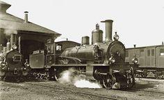 2'B-Zweizylinder-Verbund-Lokomotive Serie A 2/4 Nr. 110 Jura–Simplon-Bahn (JS) vor dem Depot Lausanne.
