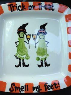 diy halloween plate using kid footprint by wylene